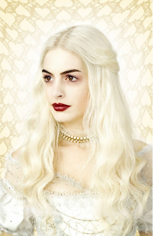Whitequeen-thumb-525x807-8196_edited-1